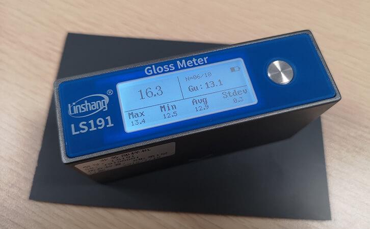 gloss meter measuring powder coating film