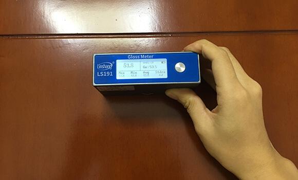 glossiness measurement device