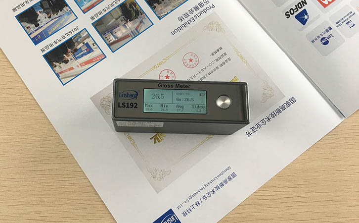 gloss meter