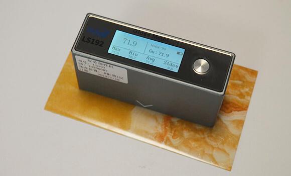 paint gloss meter