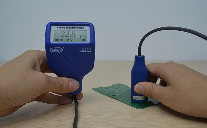 Split dry film thickness gauge