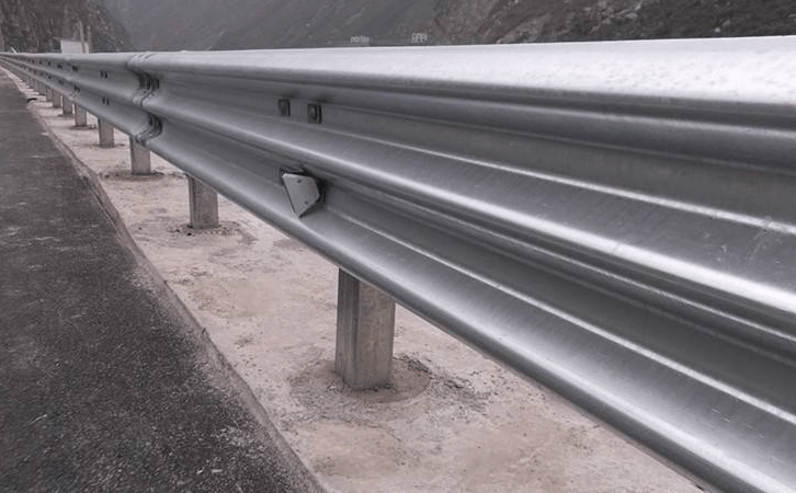 corrugated guardrail