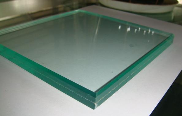 Laminated Glass and Light Transmittance Test